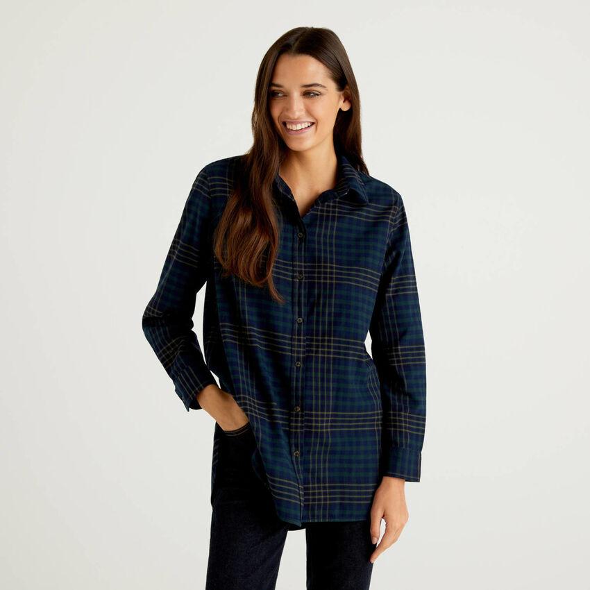 Camisa comprida aos quadrados 100% algodão