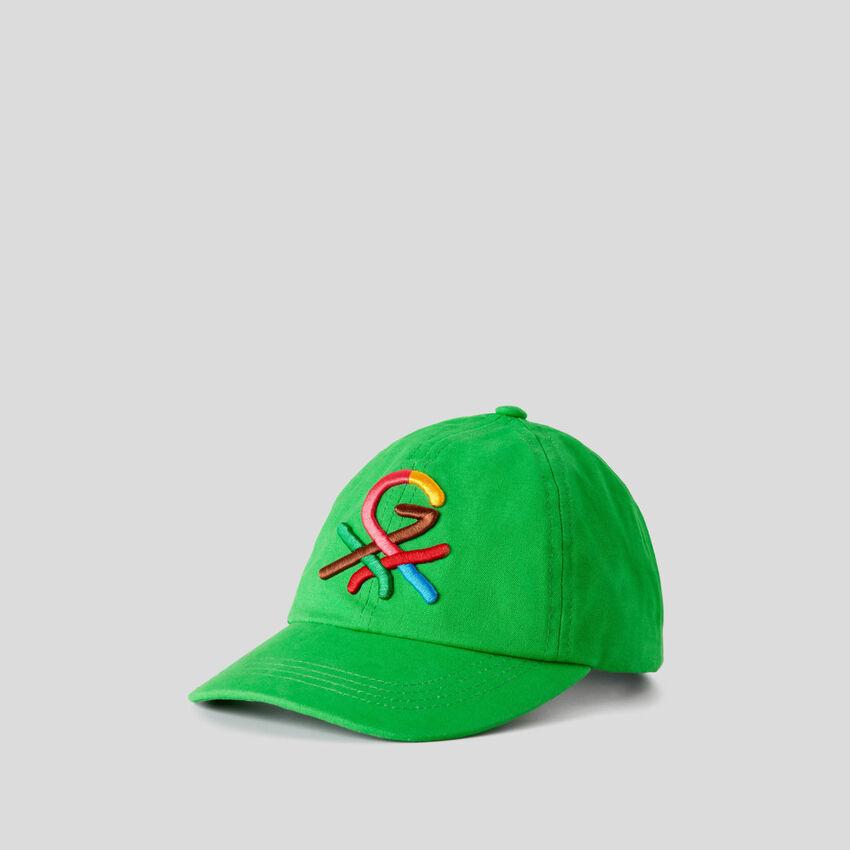 Boné verde com logótipo bordado by Ghali
