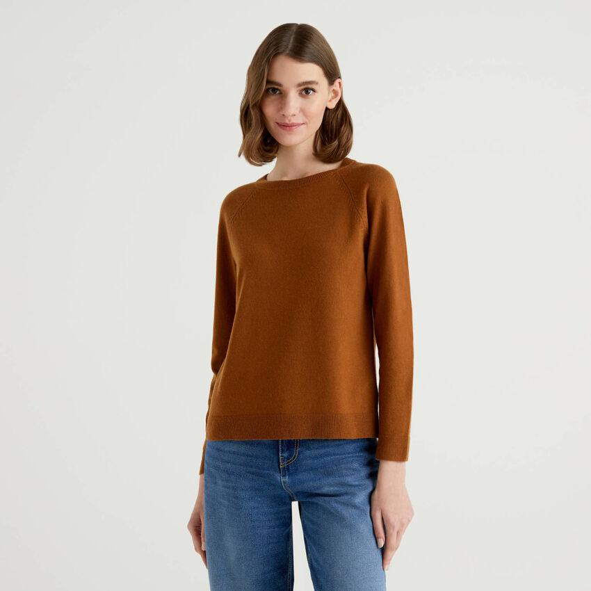 Camisola de gola redonda marrom em mescla de lã e caxemira