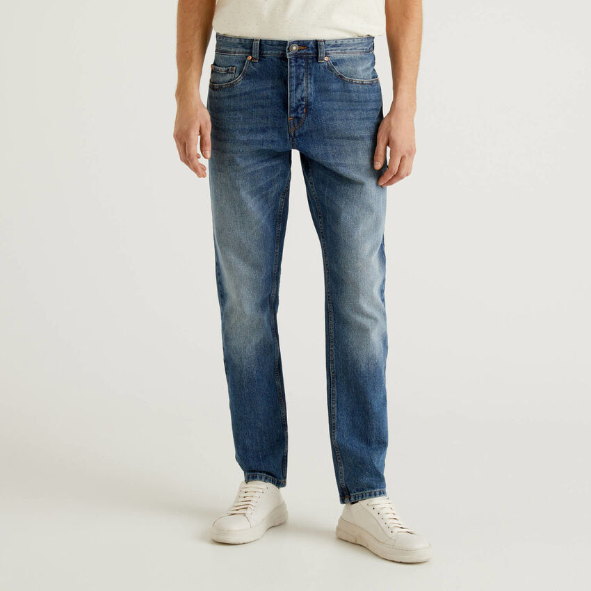 Jeans straight leg 100% algodão