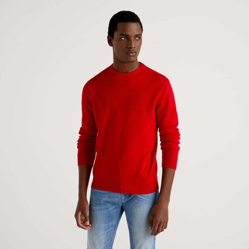 Camisola de gola redonda vermelha em pura lã virgem