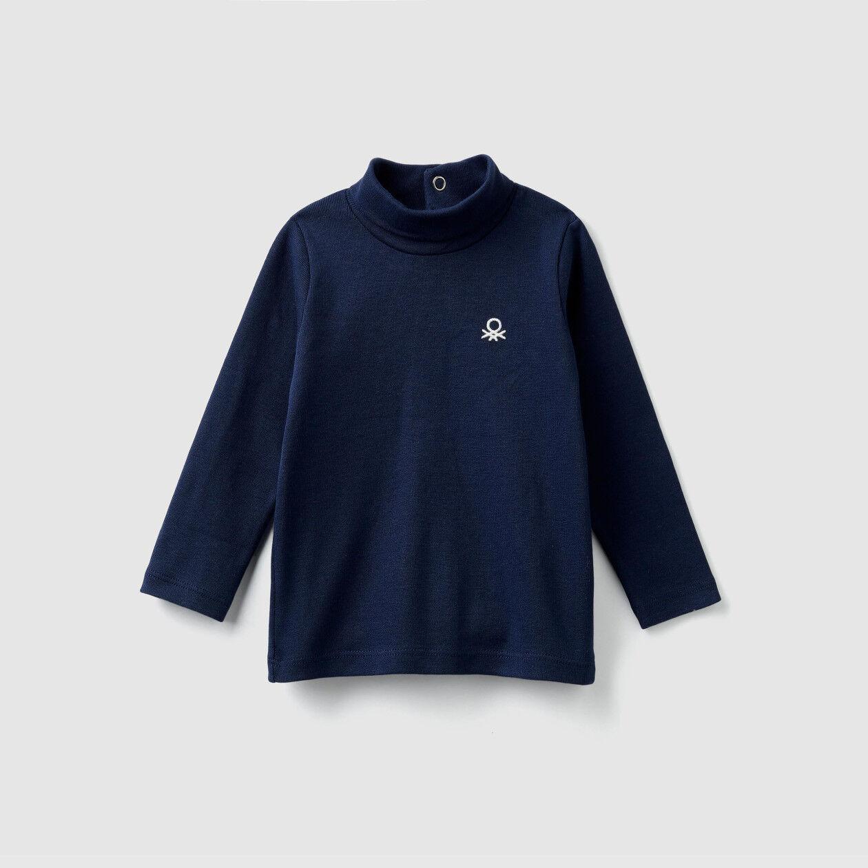 T-shirt de gola alta em algodão orgânico