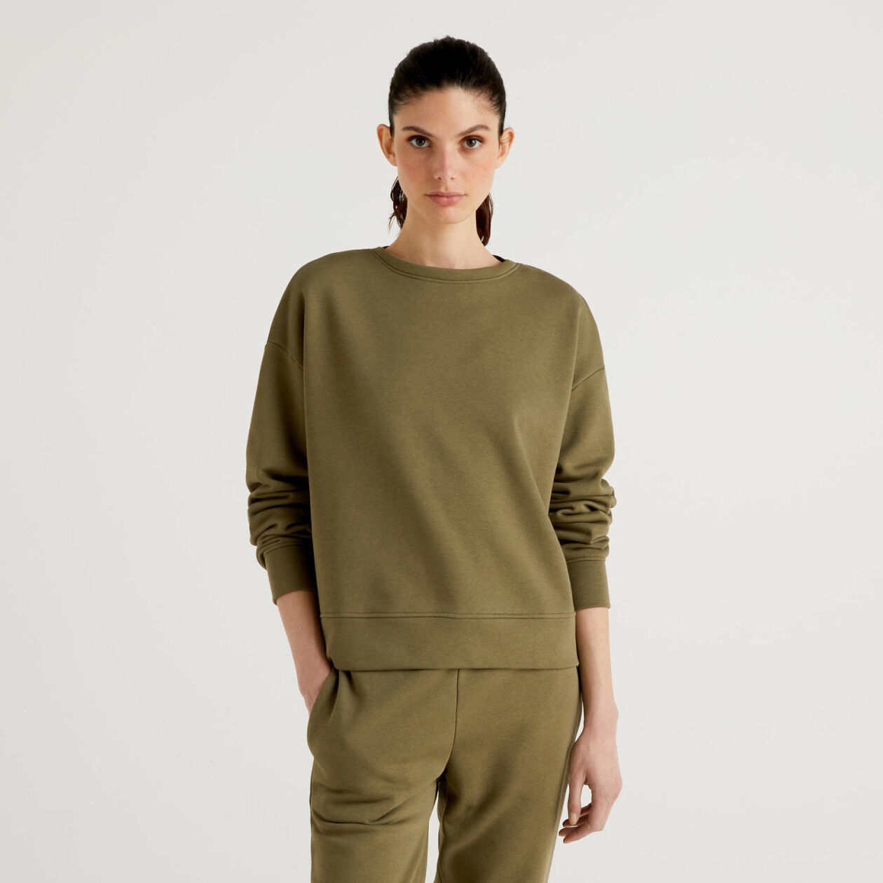 Sweat de algodão misto verde militar