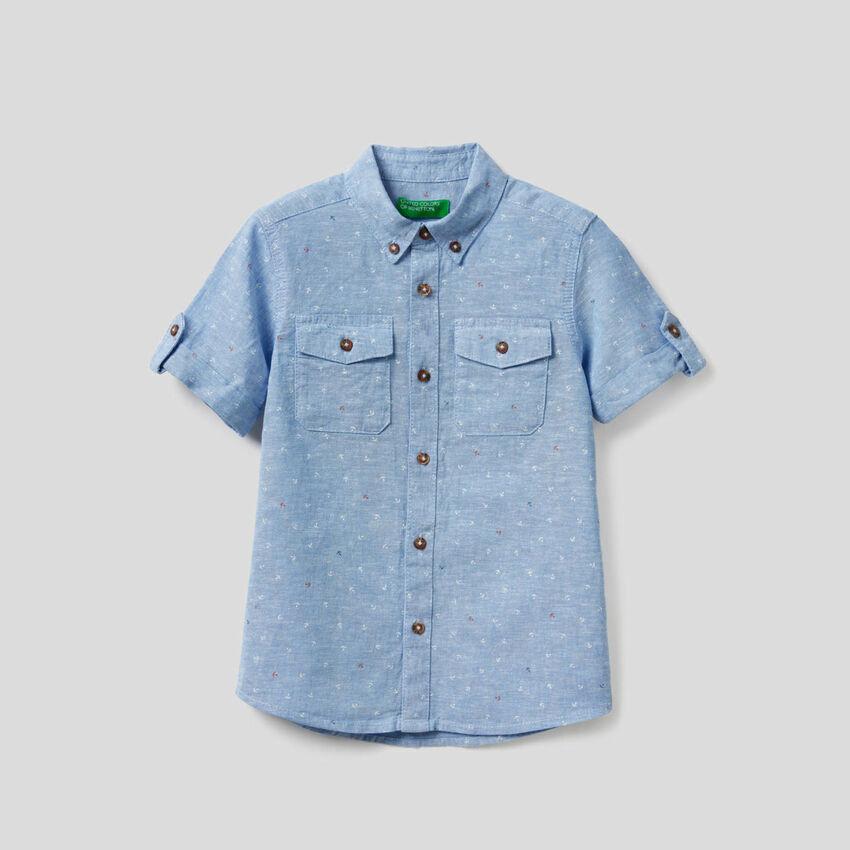 Camisa desportiva em mescla de algodão e linho