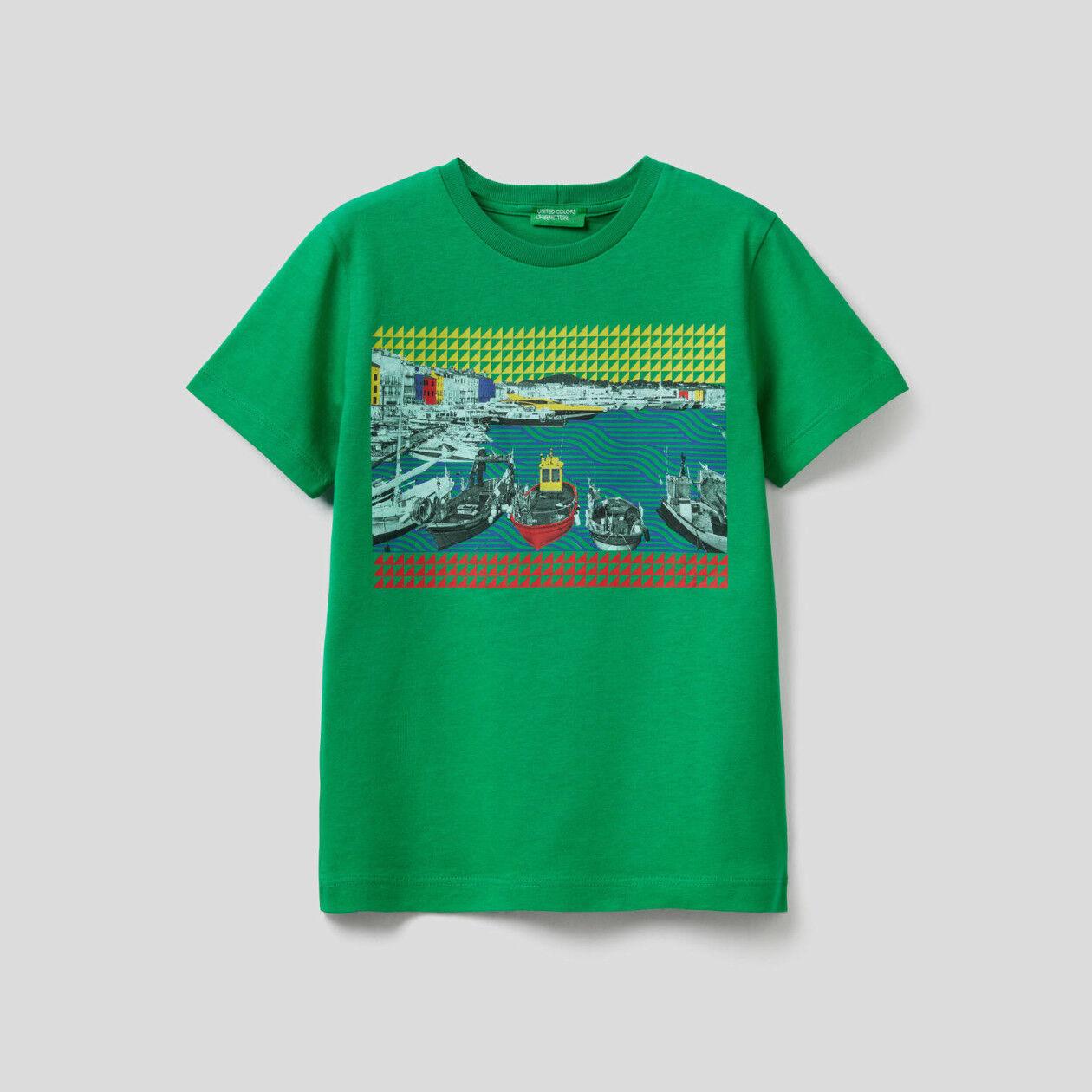 T-shirt com estampa de paisagem