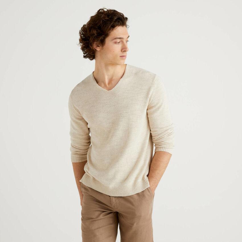 Camisola decote em V em mescla de algodão e linho