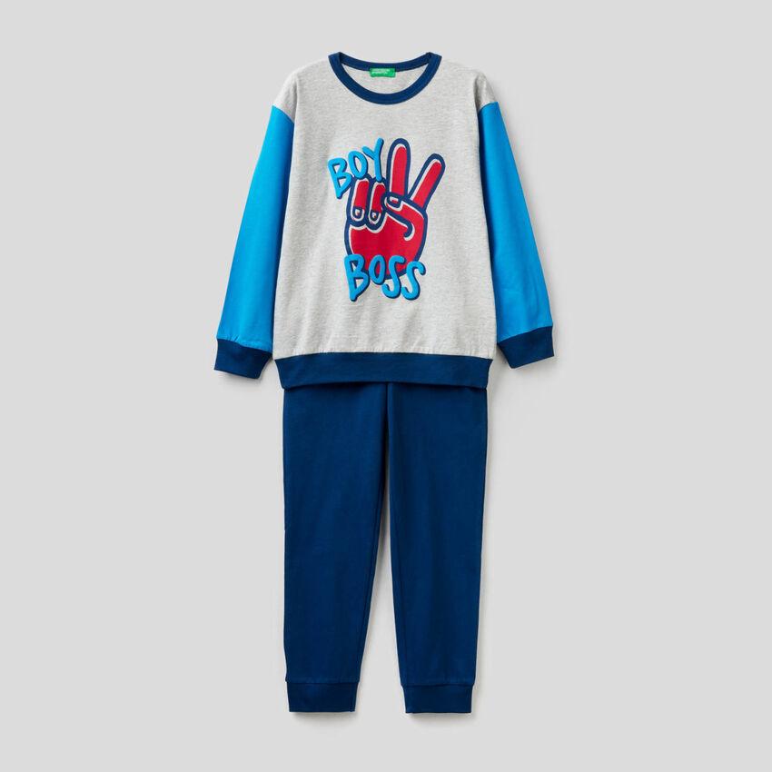 Pijama em algodão quente e leve