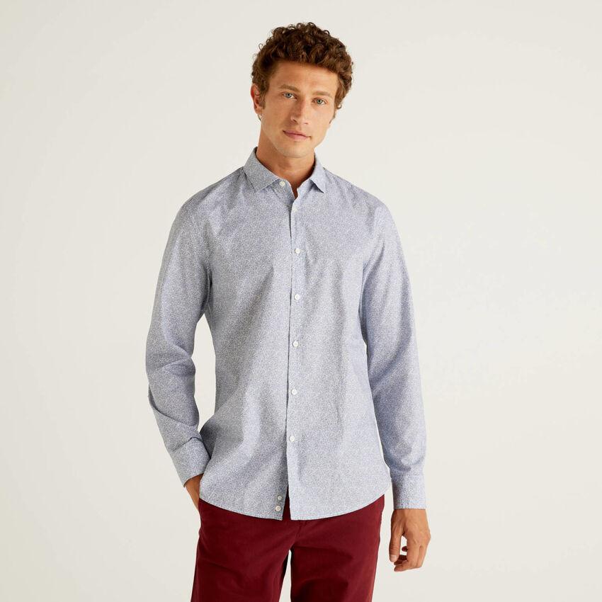 Camisa slim fit estampa padrão