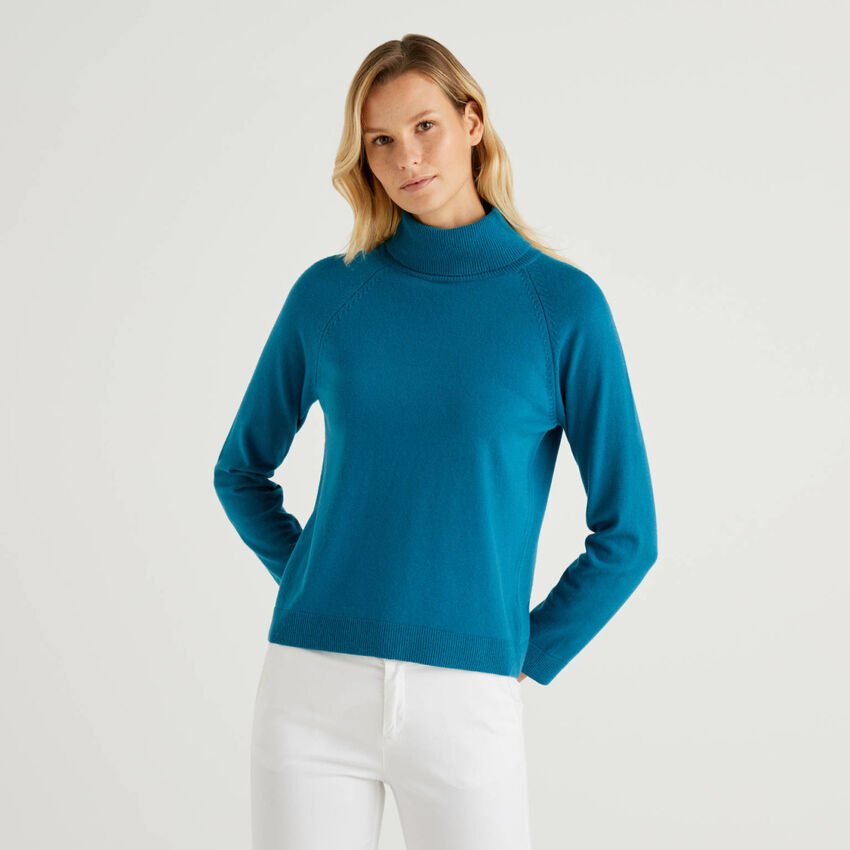 Camisola de gola alta azul-petróleo em mescla de lã e caxemira