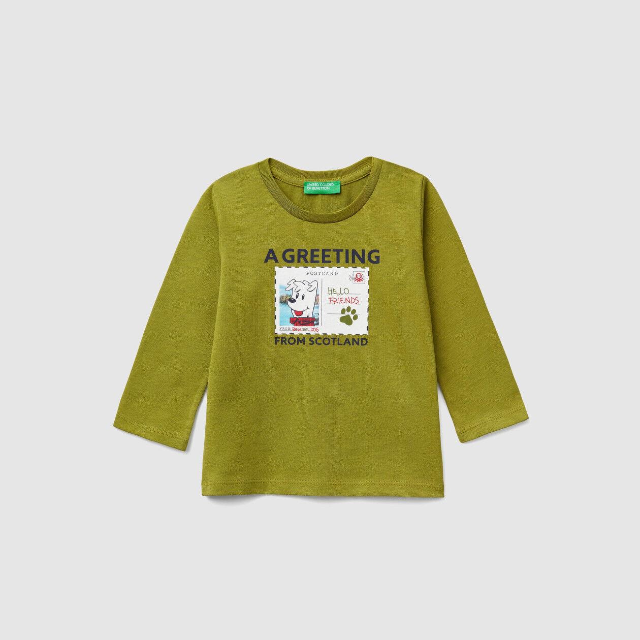 T-shirt com estampa de postal