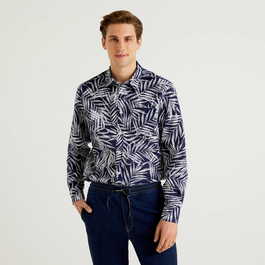 Camisa 100% algodão com estampa botânica
