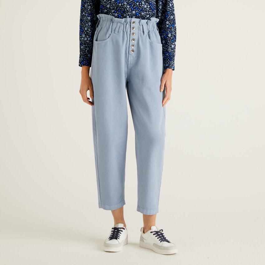 Calças de cintura subida em 100% algodão