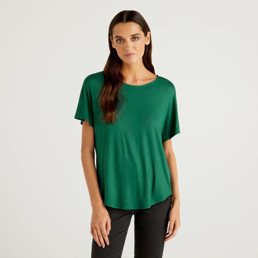 T-shirt em viscose sustentável stretch