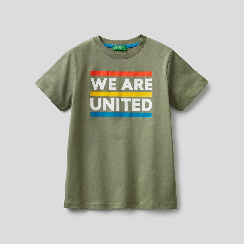 T-shirt em algodão com slogan