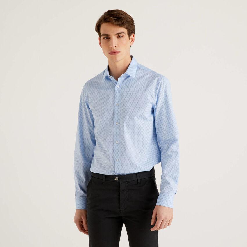 Camisa slim fit em algodão puro