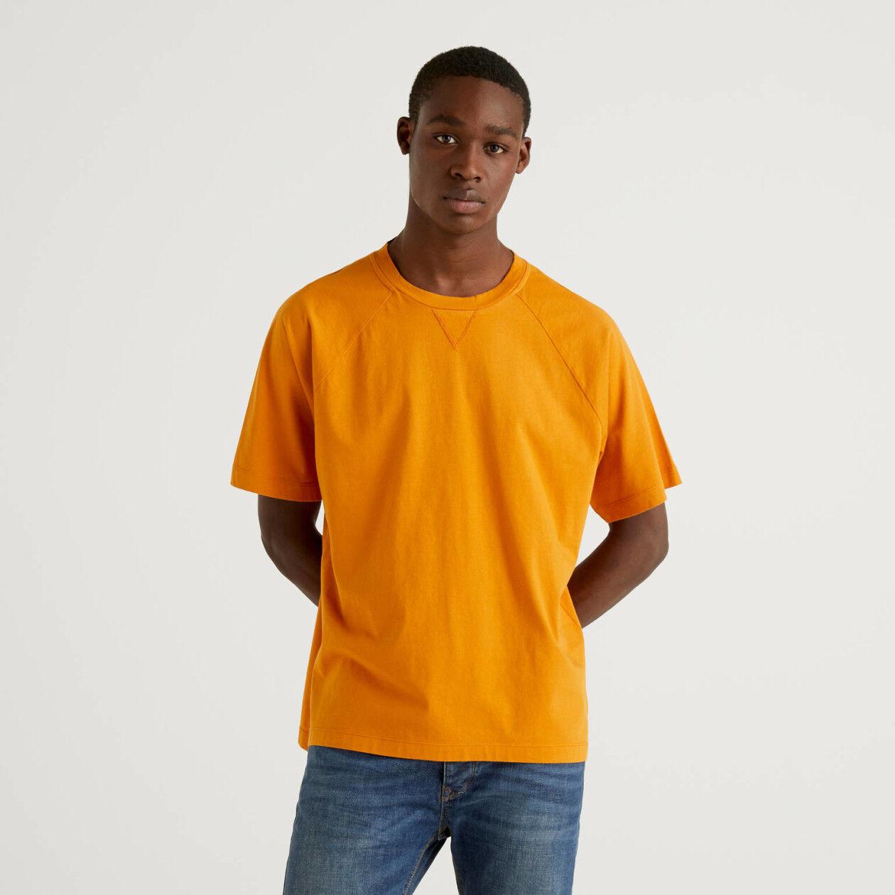 T-shirt 100% algodão com manga raglan