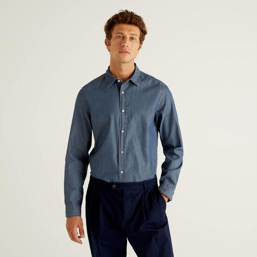 Camisa slim fit em 100% algodão