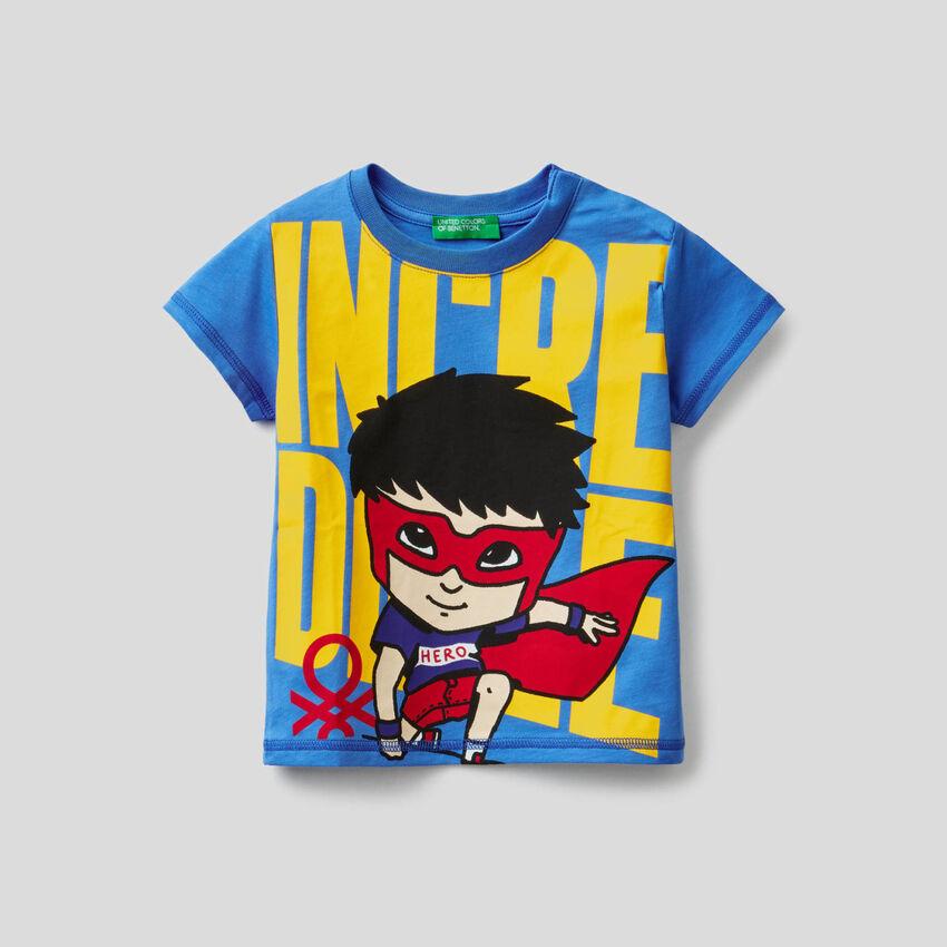 T-shirt 100% algodão com estampa super-heróis