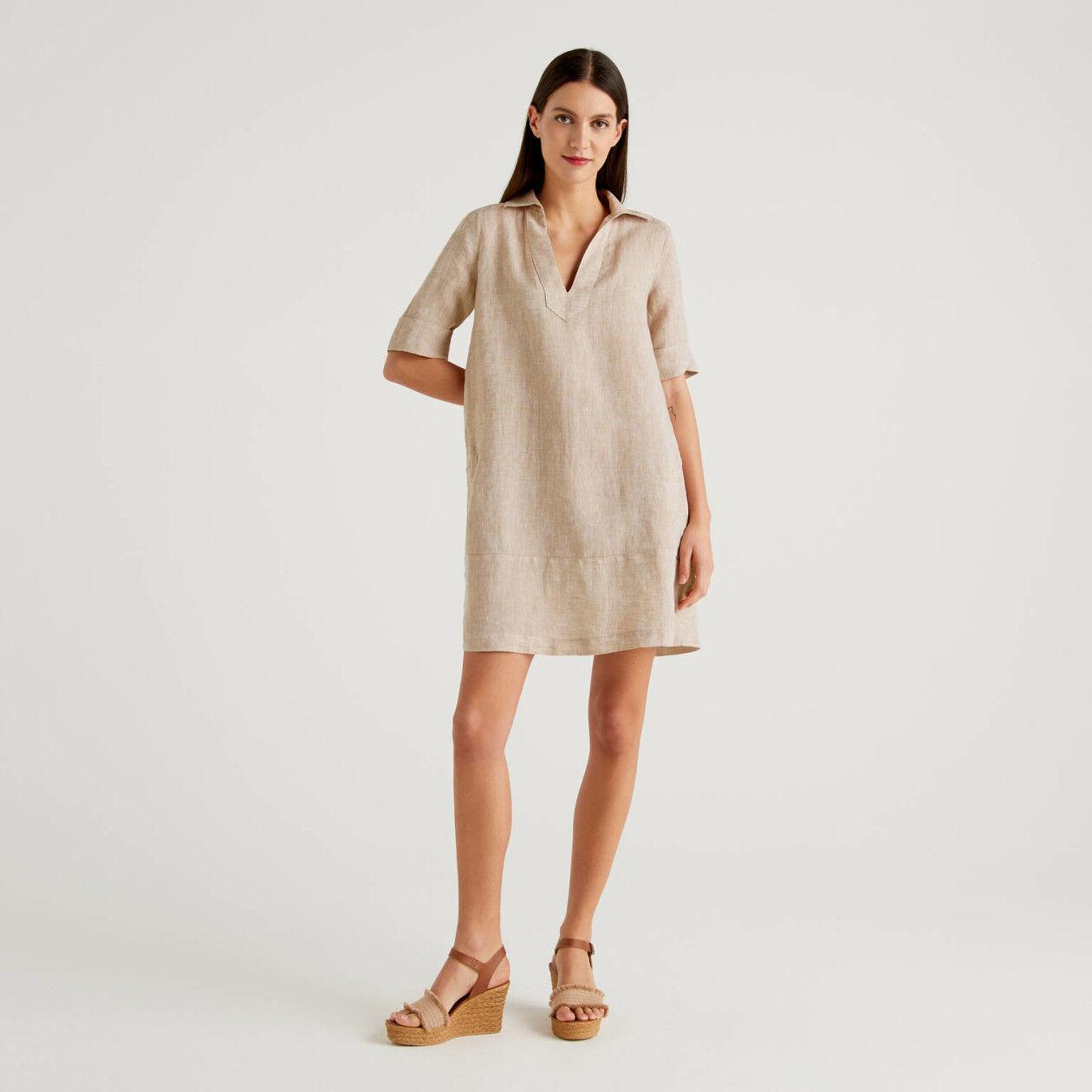 Vestido curto em 100% linho