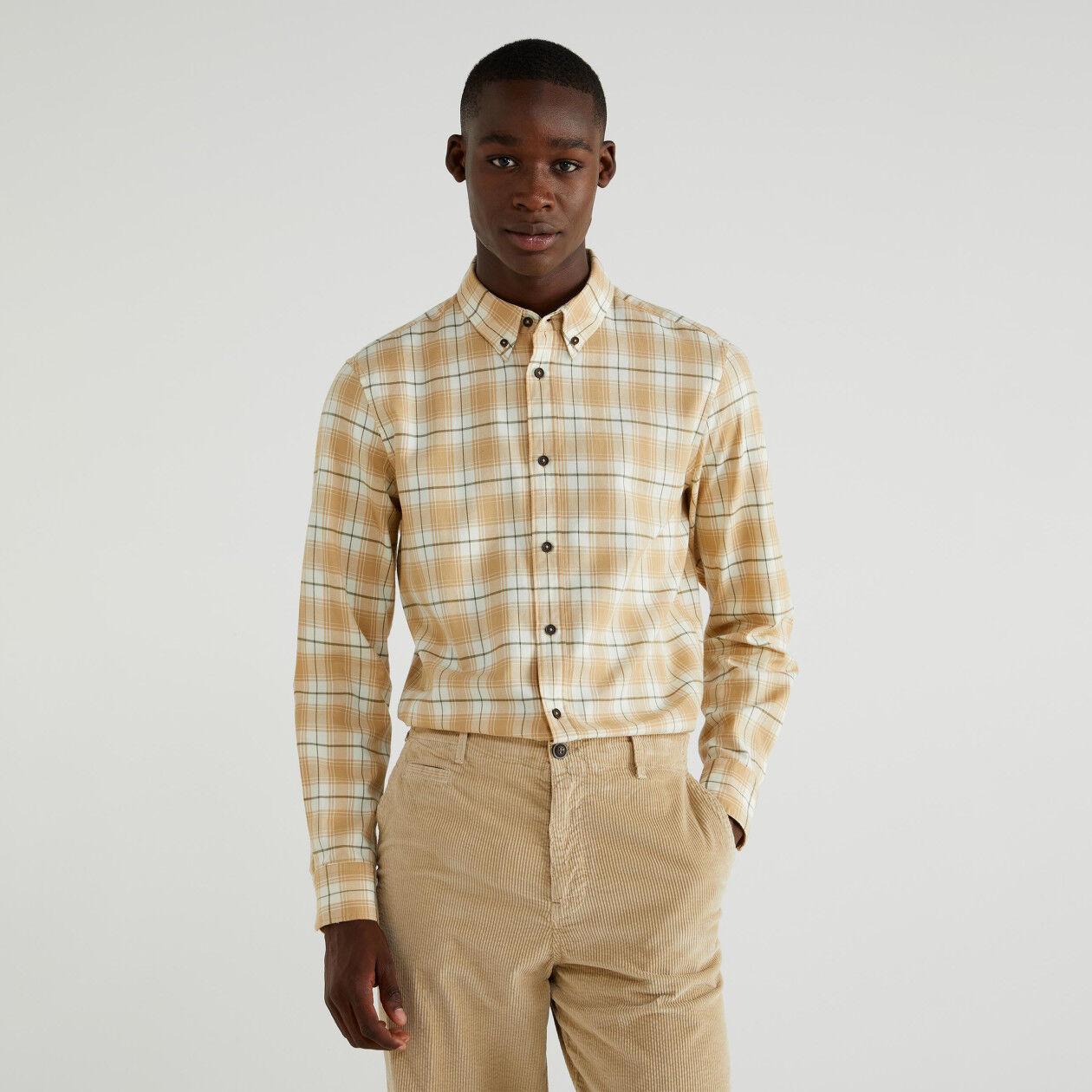 Camisa em flanela aos quadrados