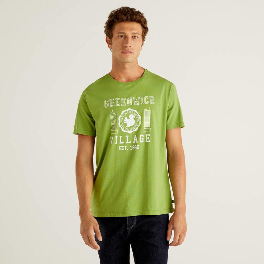T-shirt com estampa em 100% algodão orgânico