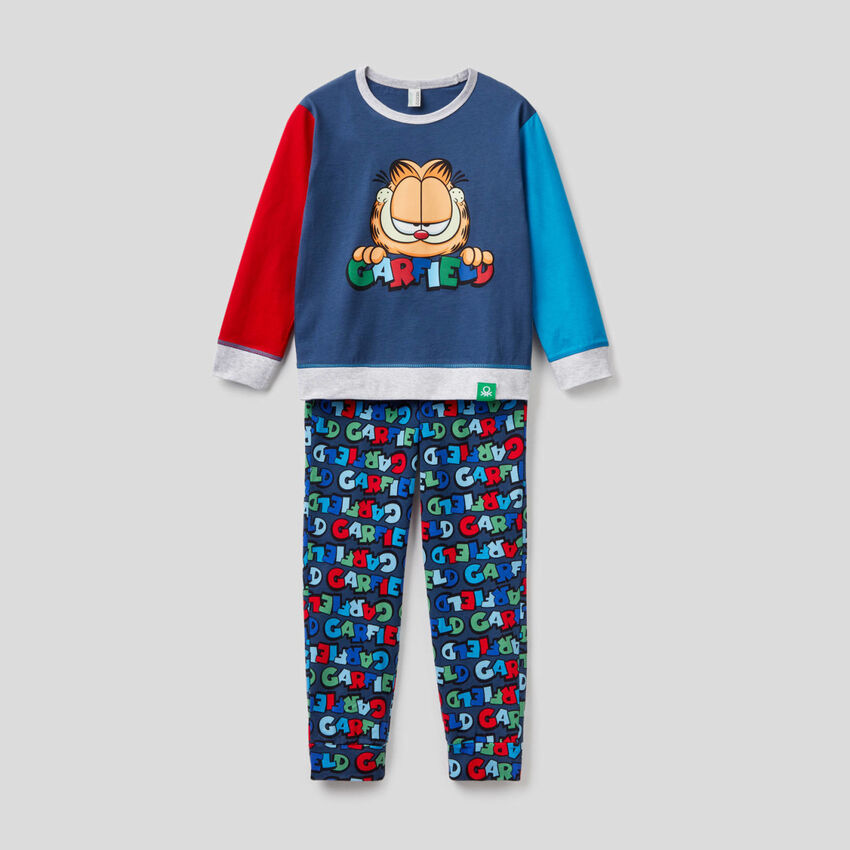 Pijama color block com estampa Garfield