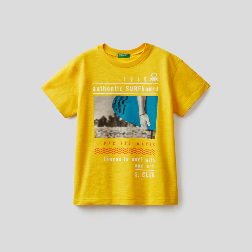 T-shirt em algodão com estampa surf