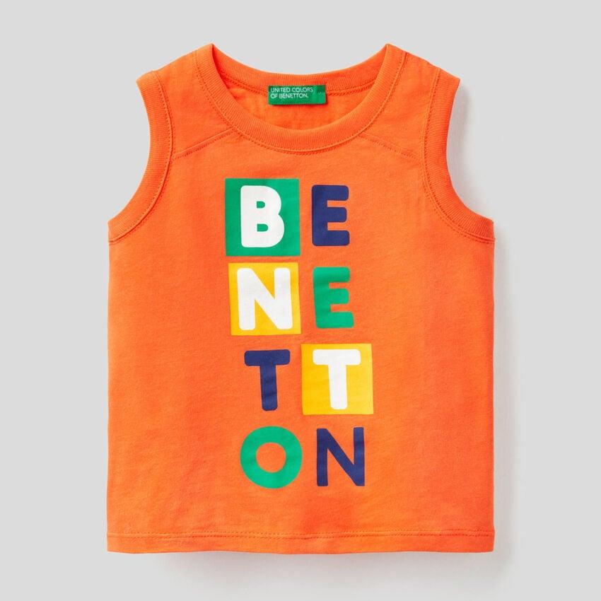 T-shirt sem mangas laranja com estampa