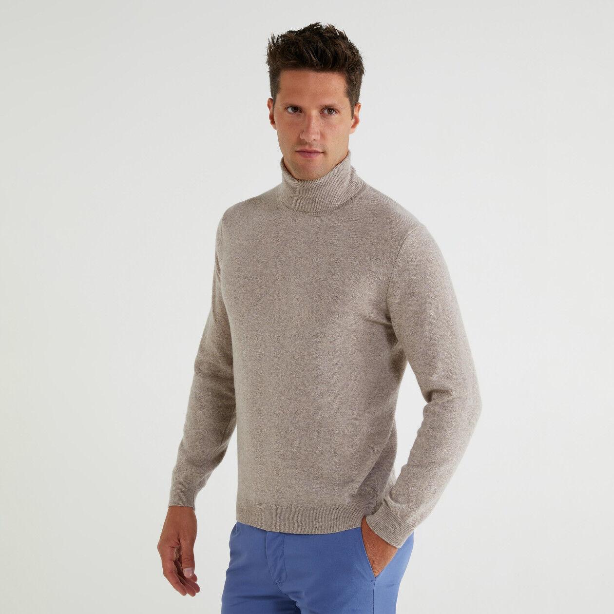 Camisola de gola alta 100% lã virgem