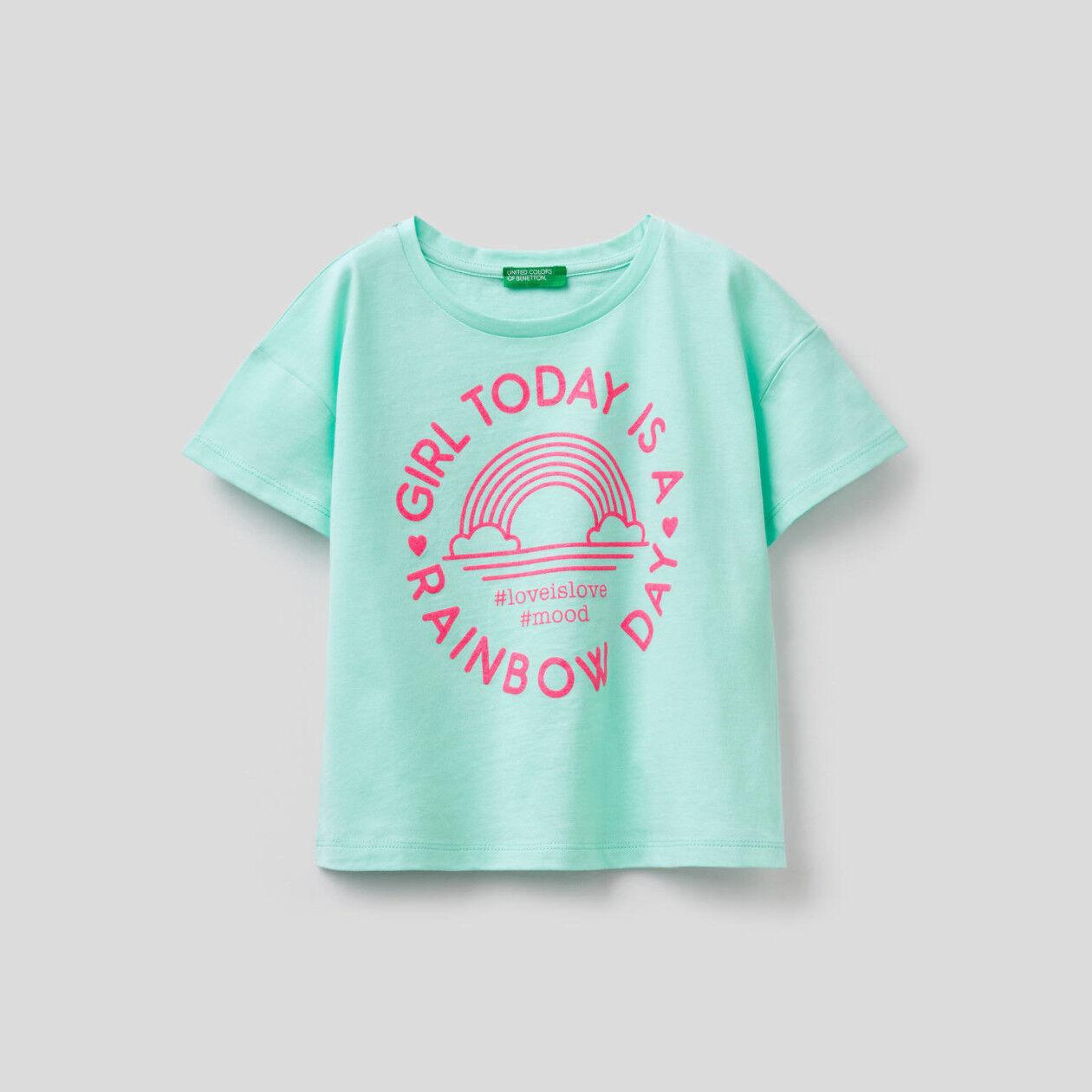 T-shirt boxy em algodão puro