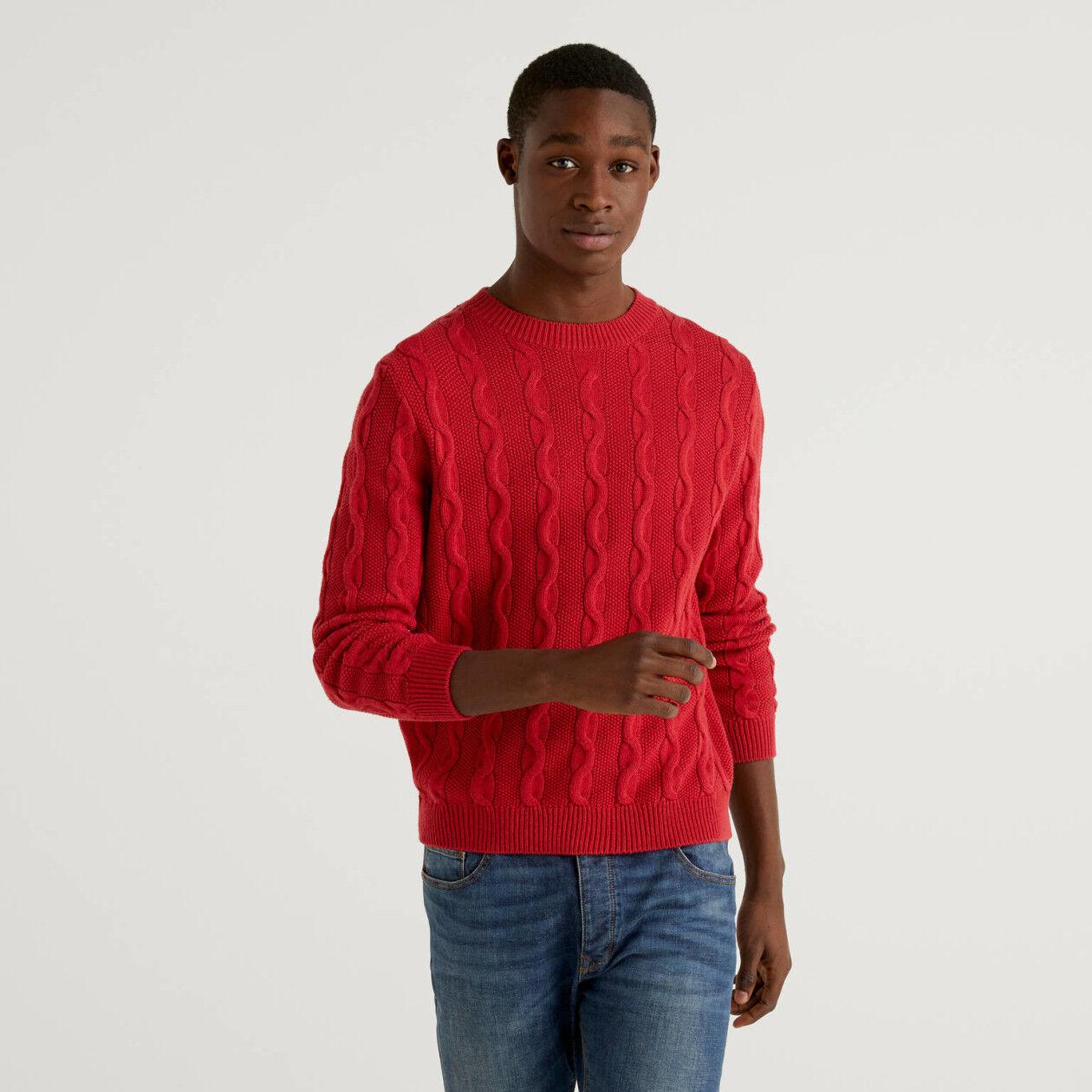 Camisola de gola redonda com tranças