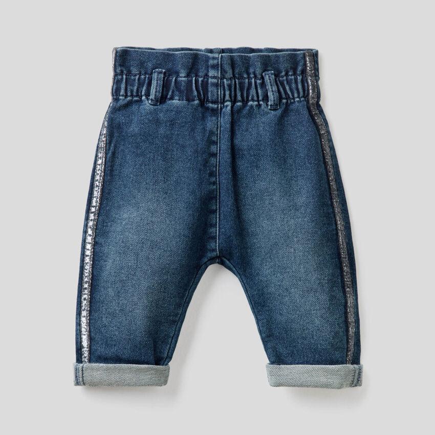 Jeans paperbag com faixa em lurex