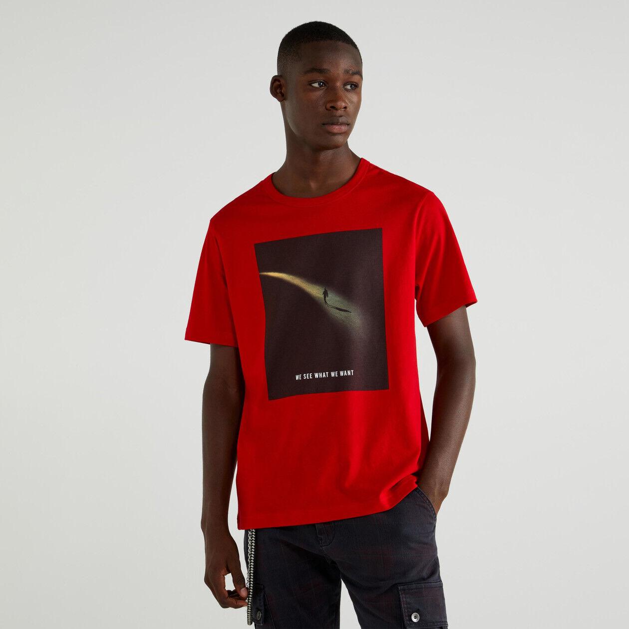 T-shirt com estampado fotográfico